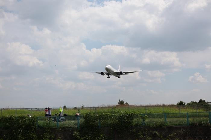 伊丹空港10 (700x467) (2).jpg