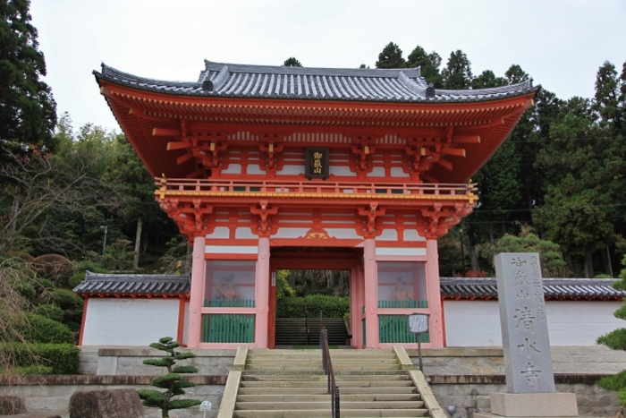 清水寺1 (700x467).jpg